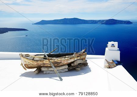 Fira, Greece - May 17: The View On Building Decoration In Fira Town On May 17, 2014 In Fira, Greece.