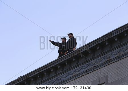 Extra rooftop security personnel