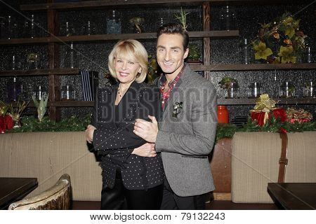 LOS ANGELES - DEC11: Ilene Graff, Scott Nevins at SPARKLE: An All-Star Holiday Concert to benefit The Actors Fund at Rockwell Table & Stage on December 11, 2014 in Los Angeles, California