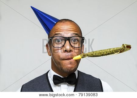 Geeky man ready to party, celebration concept