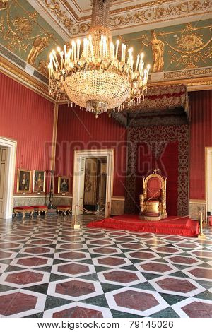 Napoli Palace
