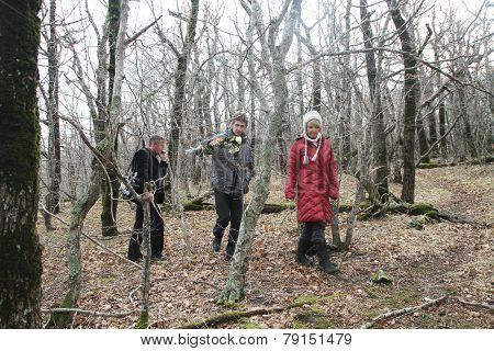 Evgenia Chirikova, Igor Bakirov And The Unknown Journalist In The Box Wood