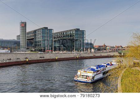 View Of The Berlin Hauptbahnhof Station
