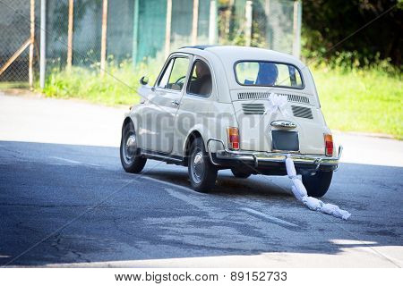 Wedding Day: Vintage Italian Car