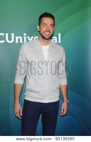 LOS ANGELES - AUG 13:  Zachary Levi at the NBCUniversal 2015 TCA Summer Press Tour at the Beverly Hilton Hotel on August 13, 2015 in Beverly Hills, CA