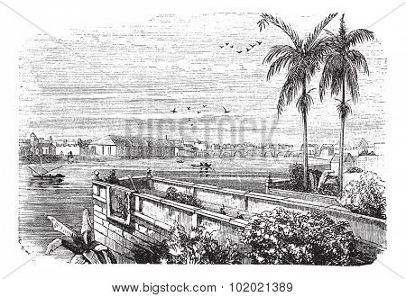 Manila or Pearl of the Orient or Queen of the Orient or the City of Our Affections or City by the Bay in Philippines, during the 1890s, vintage engraving. Trousset encyclopedia (1886 - 1891).
