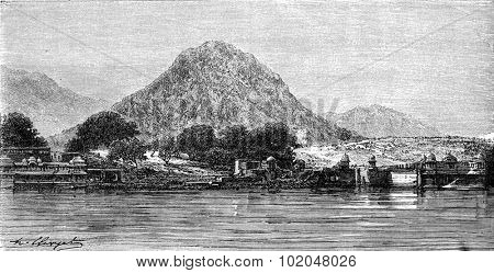 The Nag Parbat near Pushkar, vintage engraved illustration. Le Tour du Monde, Travel Journal, (1872).