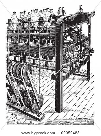 Reel spinners, vintage engraved illustration. Industrial encyclopedia E.-O. Lami - 1875.
