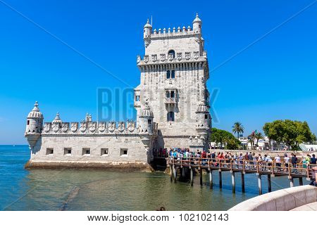 Tourist Queue At  Belem Tower  In Lisbon, Portugal.