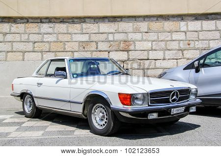 Mercedes-benz C107 Slc-class