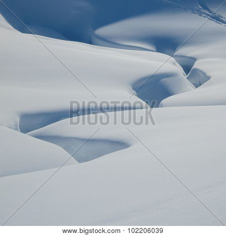 Deep Snowshapes