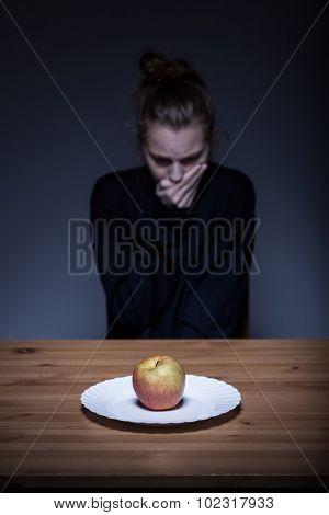 Anorexic Having Nausea