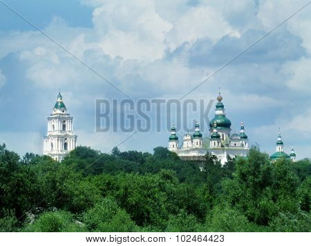 bell tower and Troitskyi monastery in Chernihiv