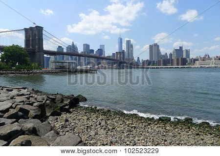 The Shore of East River, Brooklyn, NY