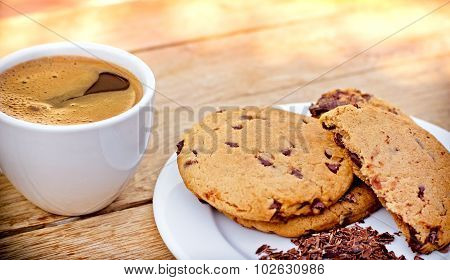 Chocolate chip cookies and coffe