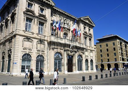 City Hotel Building -mairie Of Marseille