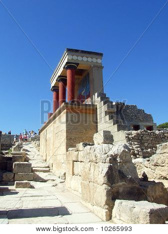 The Minoan Palace