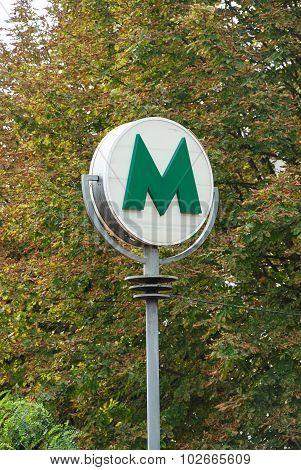 Underground subway sign at Charing Cross.