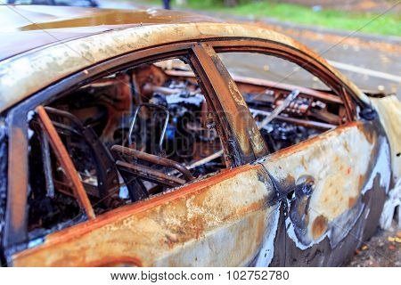 burned luxury car