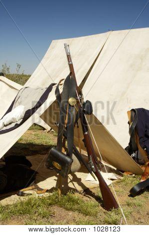 Armamento de guerra civil 4