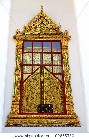 Window   Gold    Temple    The Temple