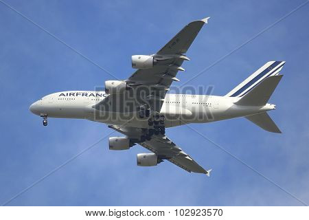 Air France Airbus A380 in New York sky before landing at JFK Airport