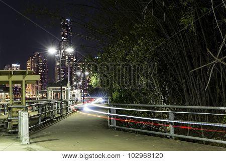 Brisbane Kangaroo Point bike trails at night