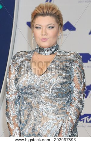 LOS ANGELES - AUG 27:  Amber Portwood at the MTV Video Music Awards 2017 at The Forum on August 27, 2017 in Inglewood, CA
