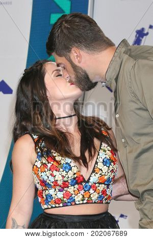 LOS ANGELES - AUG 27:  Jenelle Evans, David Eason at the MTV Video Music Awards 2017 at The Forum on August 27, 2017 in Inglewood, CA