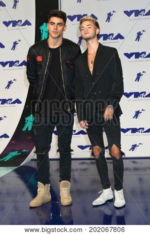 LOS ANGELES - AUG 27:  Jack Gilinsky, Jack Johnson, Jack and Jack at the MTV Video Music Awards 2017 at The Forum on August 27, 2017 in Inglewood, CA
