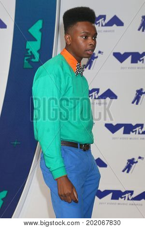 LOS ANGELES - AUG 27:  Jay Versace at the MTV Video Music Awards 2017 at The Forum on August 27, 2017 in Inglewood, CA