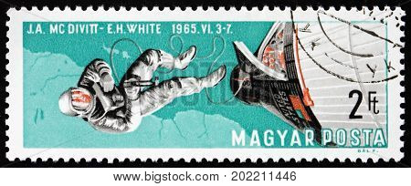 HUNGARY - CIRCA 1966: a stamp printed in Hungary shows Edward White Walking in Space Gemini 4 circa 1966