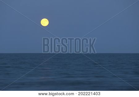 Big Full Moon And The Ocean