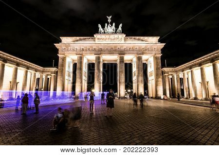 Brandenburger Tor at night - Brandenburg Gate Berlin Germany