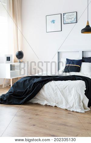 Harmonic Minimal Bedroom