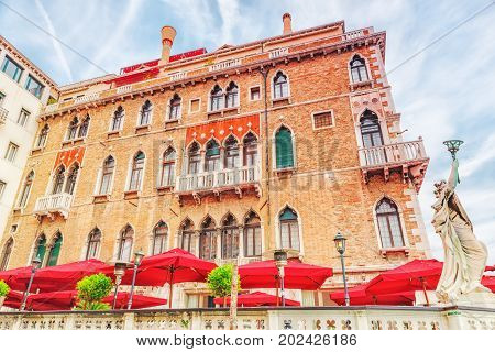 Views Of The Most Beautiful City In The Word- Venice - Grand Canal Water Streets, Mansions Lengthwis