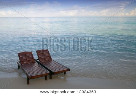 Lonely Canvas Chairs