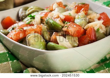 Broad Bean Salad With Tomatoes, Onion And Olive