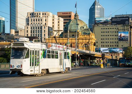 MELBOURNE, AUSTRALIA - FEBRUARY 20 2016: Melbourne downtown in the morning time.