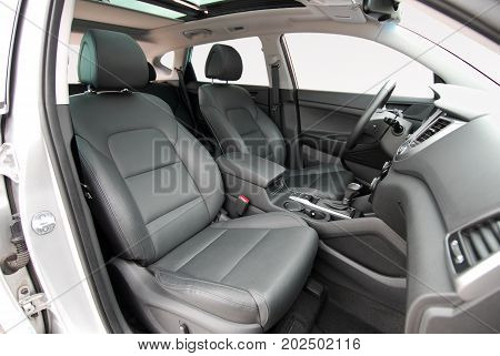 Front seats of a modern passenger car