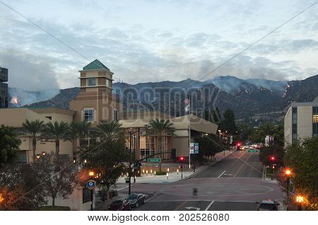 DOWNTOWN BURBANK, CALIFORNIA - SEPTEMBER 2, 2017: Brush Fire in the Verdugo Mountains