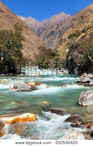 River and mountain in western Nepal near Dunay village