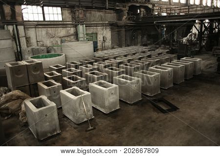 Molds in workshop of concrete batching plant
