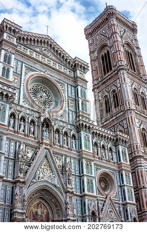 The cathedral Santa Maria del Fiore, the fourth largest church of the Christianity (Cattedrale di Santa Maria del Fiore) in Florence, Italy