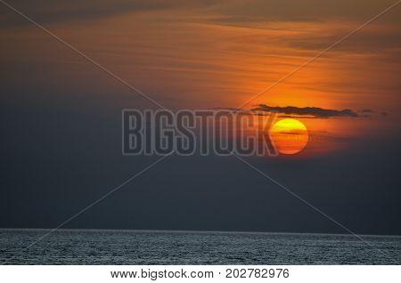 Che sensibilità per il sole. Arrossire tutte le sere al momento di tramontare