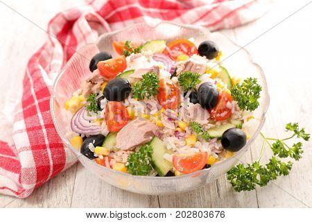 rice salad with tuna,olive and tomato