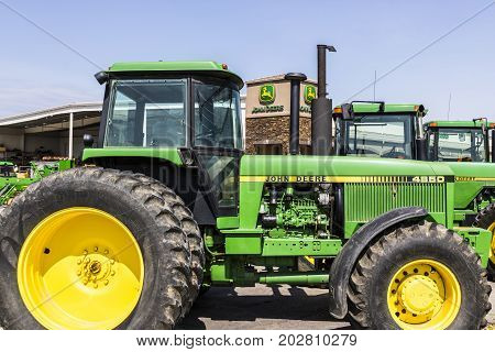 Indianapolis - Circa August 2017: 4850 Tractor at a John Deere Dealership. Deere manufactures agricultural construction and forestry machinery VII