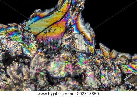 microscopic Loperamide crystals illuminated with polarized light