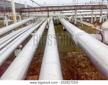 Tubing Corridors Between The Equipment Is A Hitter Tritter. Technological Transitions And Pipelines.