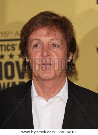 LOS ANGELES - JAN 15:  Sir Paul McCartney arrives to the 15th Annual Critics Choice Movie Awards  on January 10,2011 in Hollywood, CA